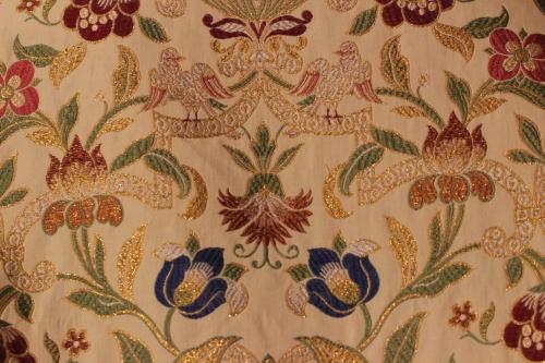Verona Tapestry Bird Motif