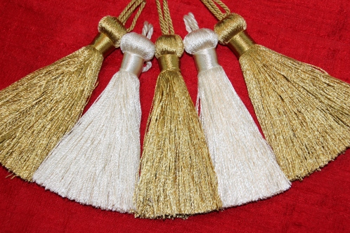 Shiny tassels for a Priest or Pastoral Stole