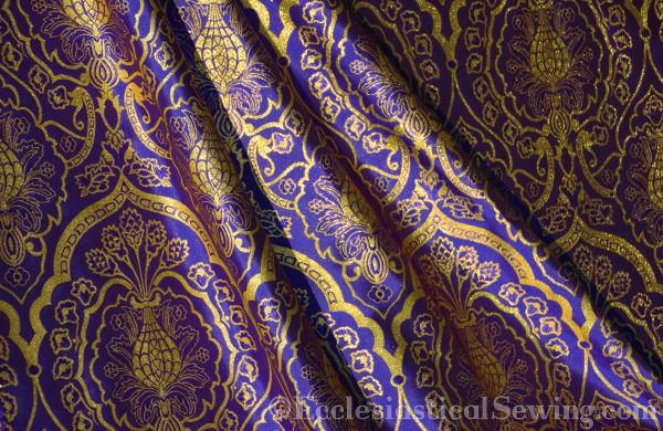 wakefield_violetgold_detail3W