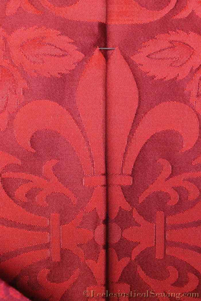 lichfield-liturgical-fabric-fluer-motif