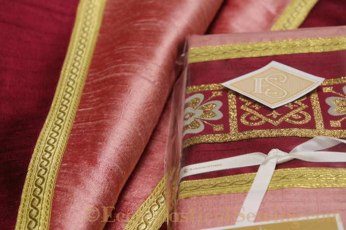 Pugin Rose orphrey bands Chasubles for Lent
