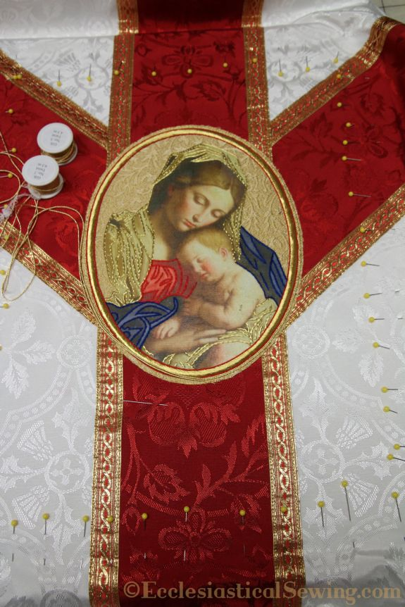 Christmas Rose Chasuble and Stole Set